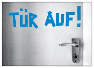 druck_tuer_auf_postkarte_vorn_2016_web